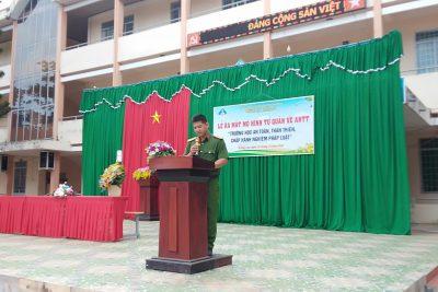 Buổi lễ ra mắt mô hình tự quản về ANTT tại Trường THPT Krông Ana và hoạt động quyên góp ủng hộ miền Trung của tập thể nhà trường
